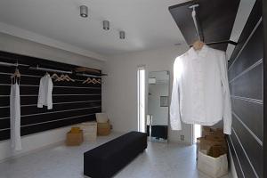 lavatory1.JPG